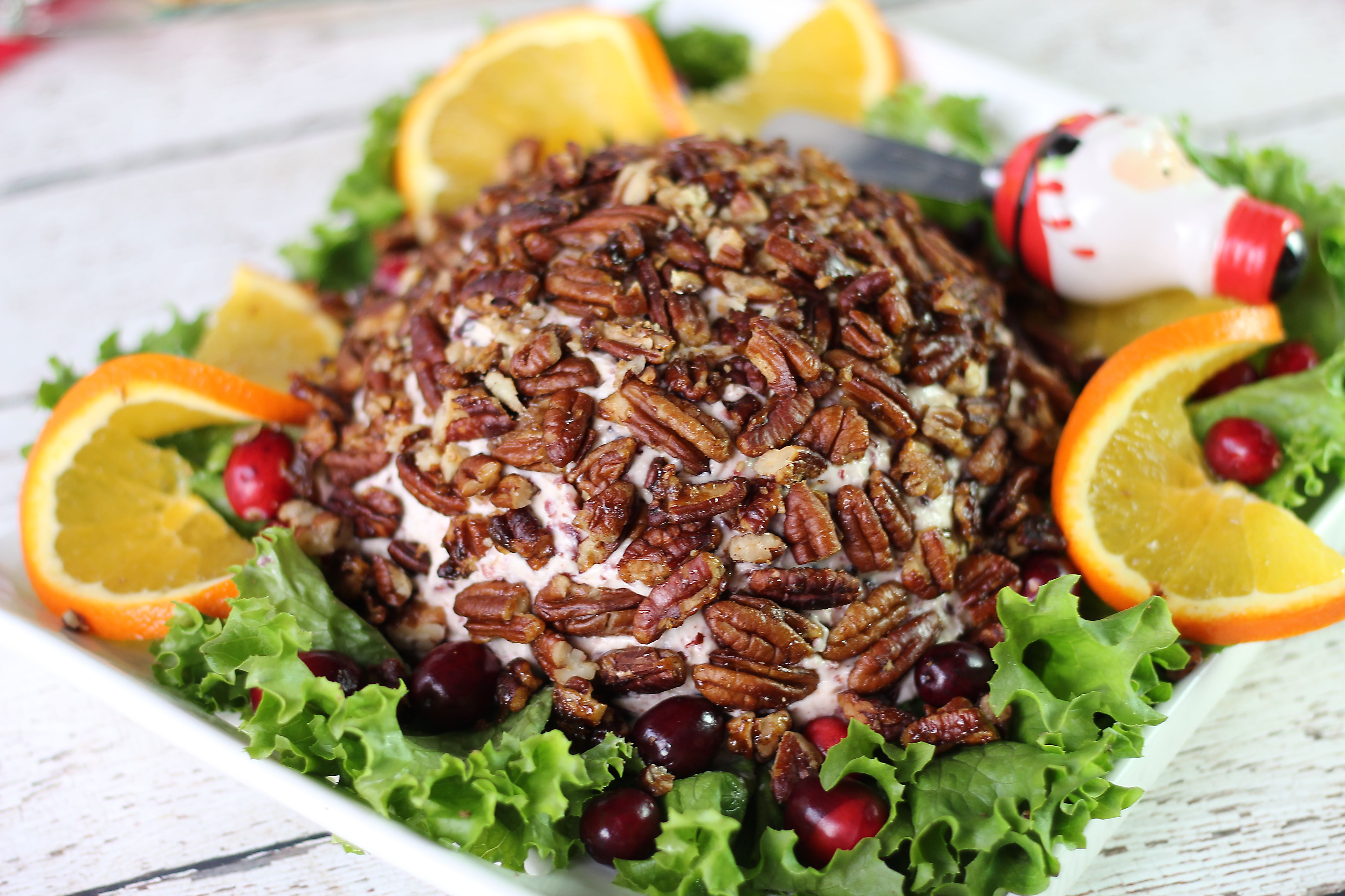 Cranberry Orange Cheese Ball with Caramelized Pecans