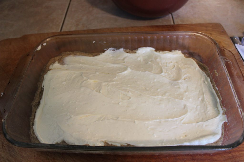 Cheesecake layer in pan