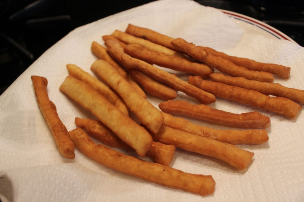 Cooling beignet fries