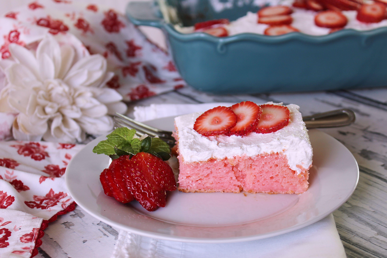 Strawberry Delight Ice Box Cake