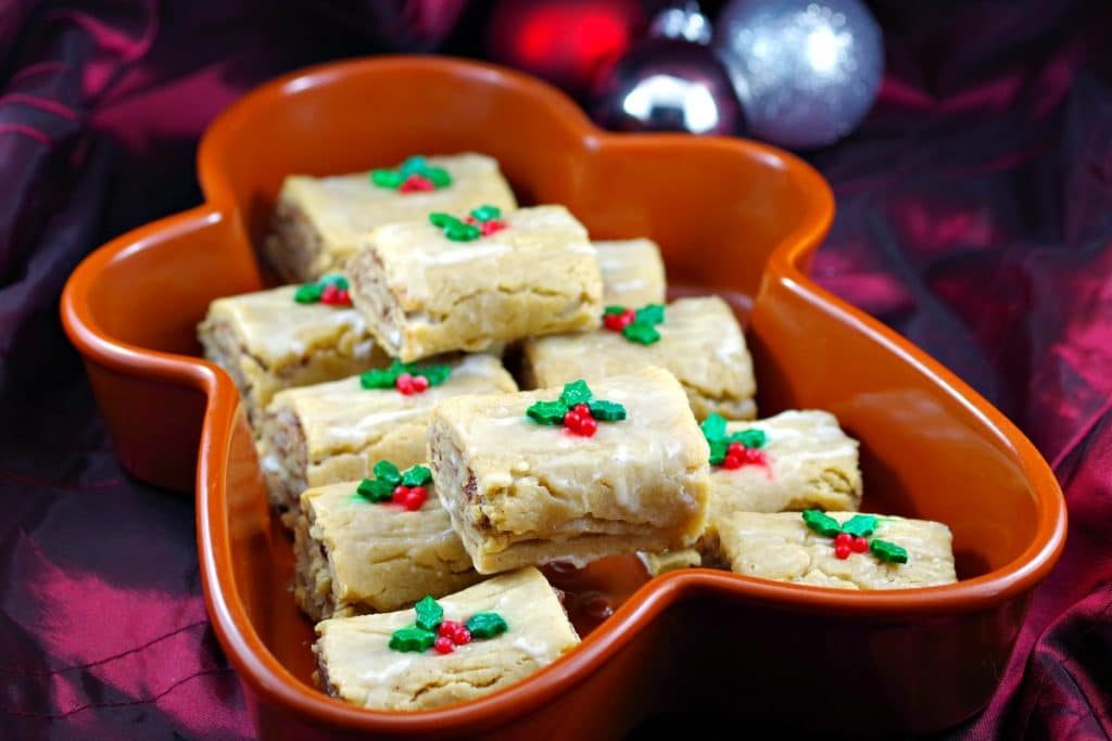 Gingerbread Yule Log Cookie
