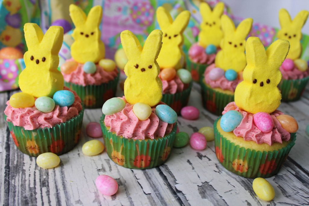 Easter Cupcakes with bunny Peeps