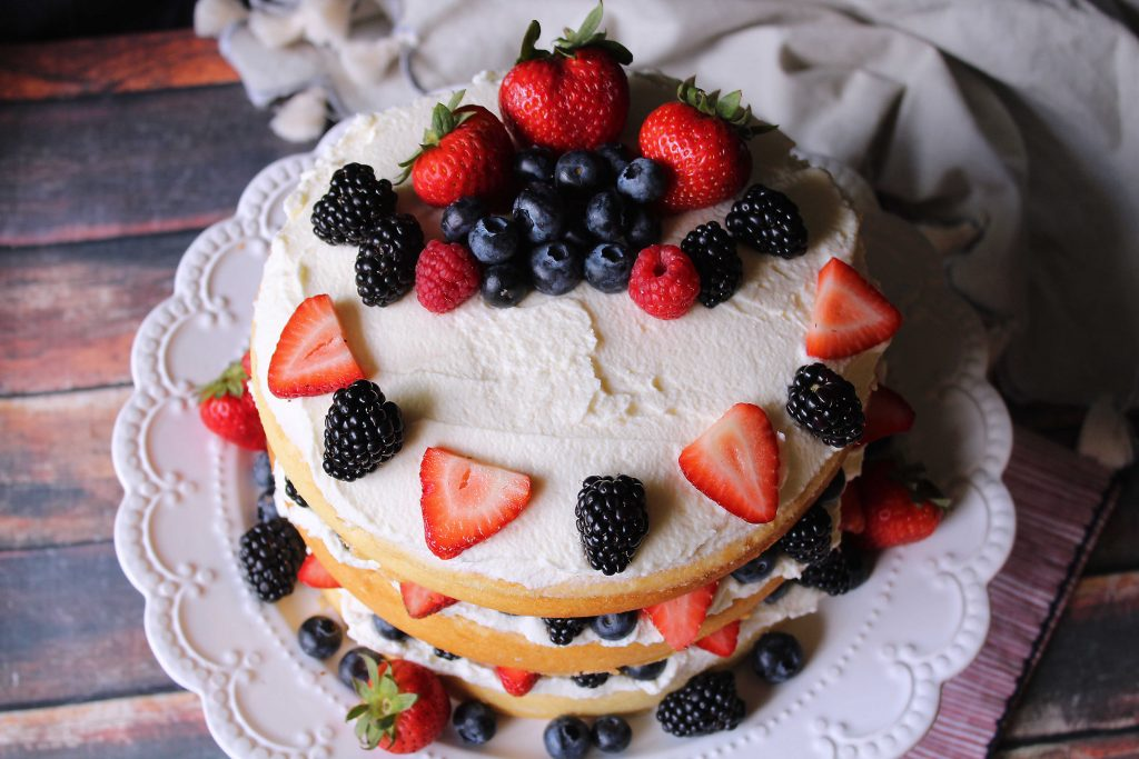Berries on Gentilly Cake