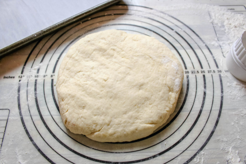 Dough ready to be cut