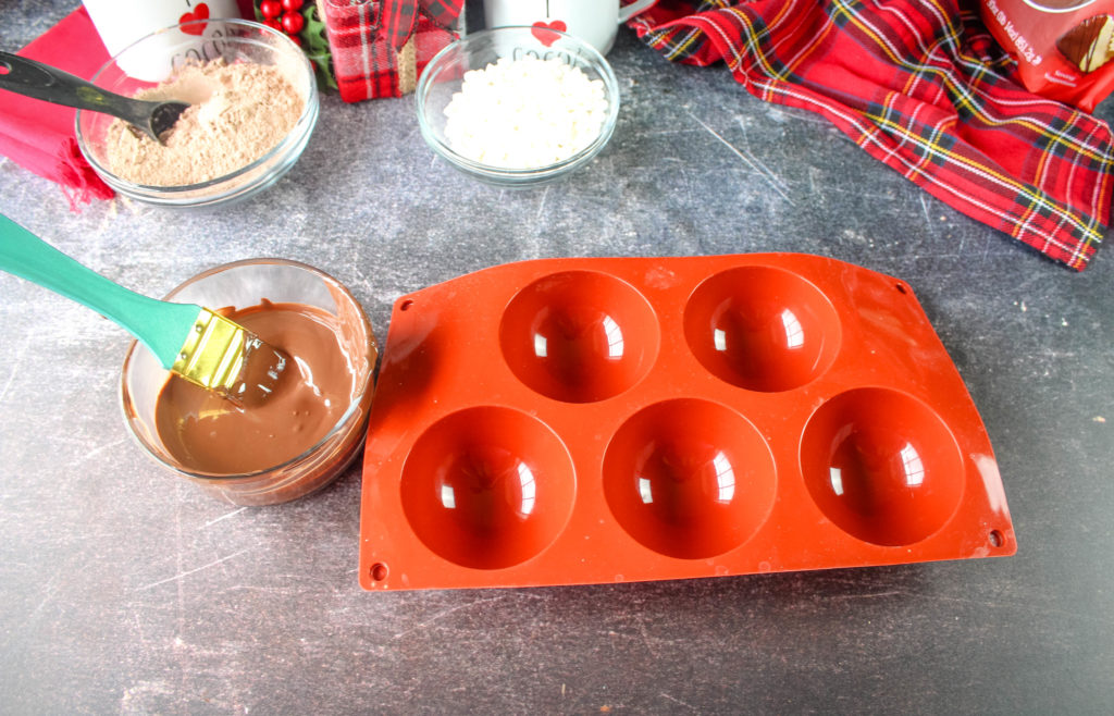 Chocolate molds and melted chocolate