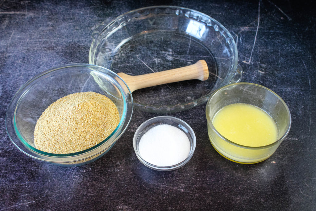 Ingredients for a graham cracker crust .